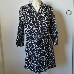 Forever 21 Printed Belted Trenchcoat NWT Small